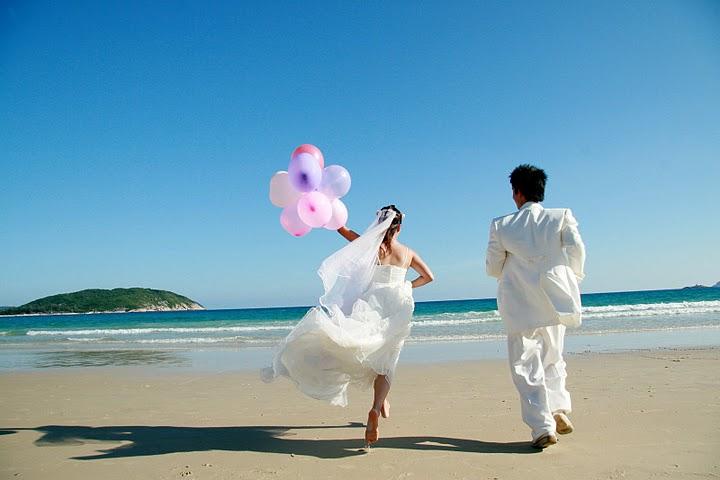 Top 10 Savvy Wedding Blogs