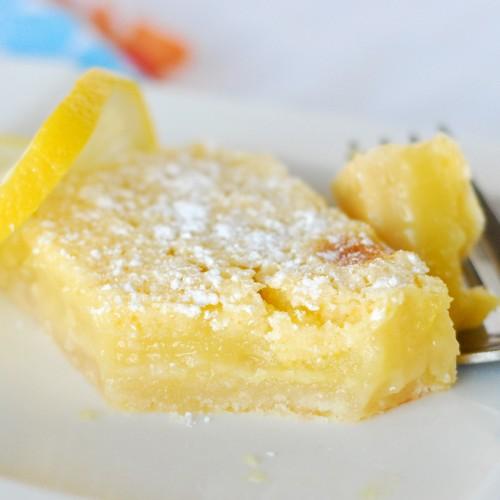 Lemon Yellow: Savvy Summer Style