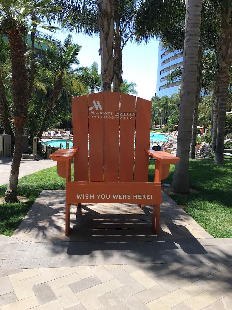 marriott marquis pool beach chair