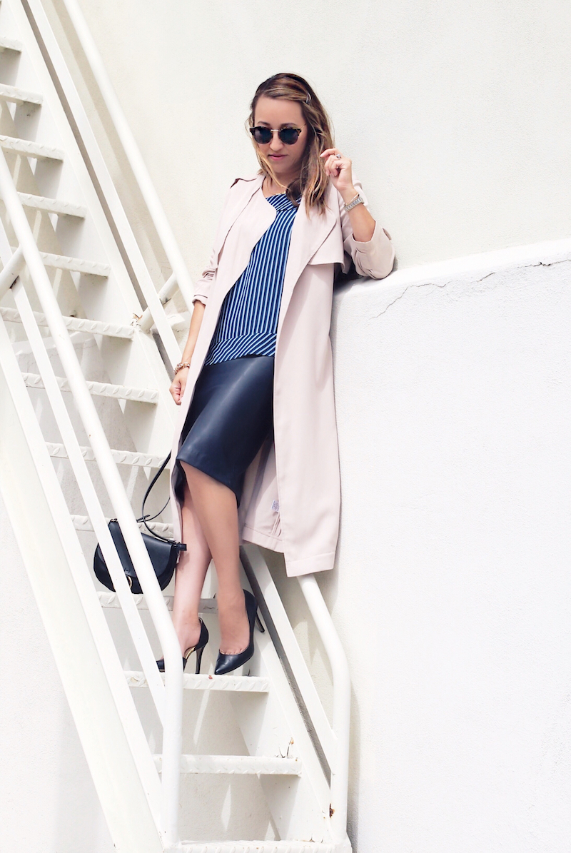 how-to-look-chic-at-work-in-a-trench